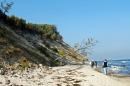 Strandwanderung Richtung Sellin, Tauchglocke im Hintergrund