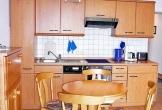 Die komplett eingerichtete Küchenzeile