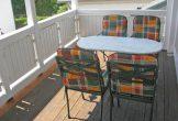 Balkon mit Gartenmöblen