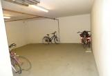 Kellerraum für Fahrräder, Surfbrettern usw.