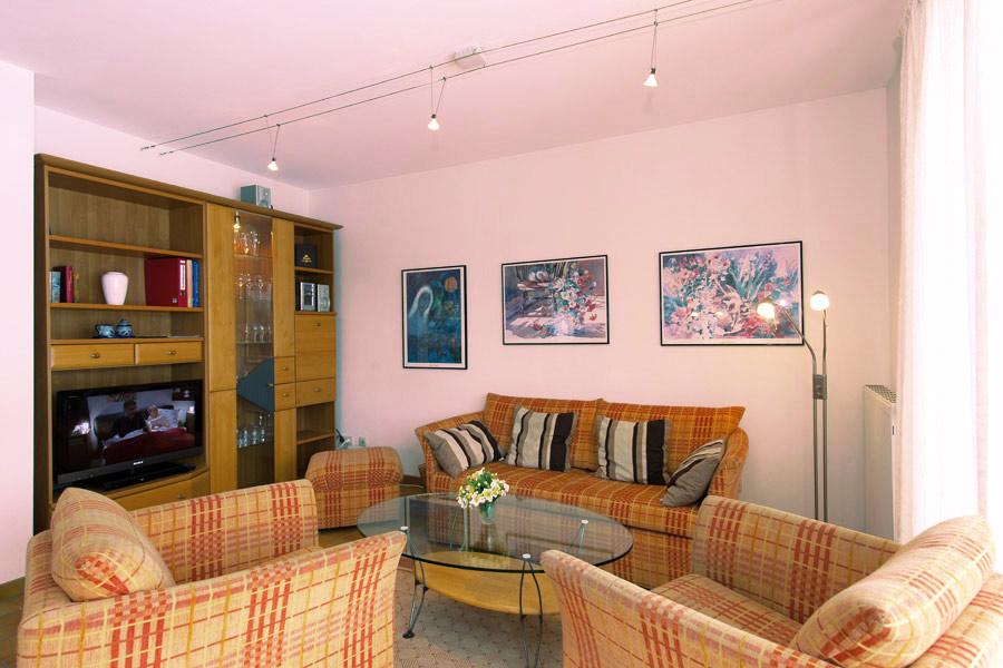 ferienwohnungen volsvitz ferienwohnung 09 mit 2 schlafzimmern. Black Bedroom Furniture Sets. Home Design Ideas