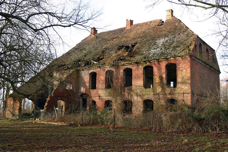 Gutshaus Lancken im Jahr 2005