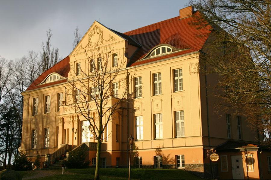 Herrenhaus Neddesitz im Jahr 2005