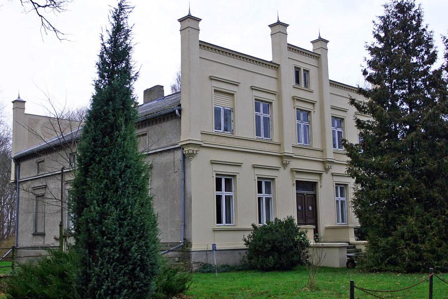 Herrenhaus Poggenhof im Jahr 2005
