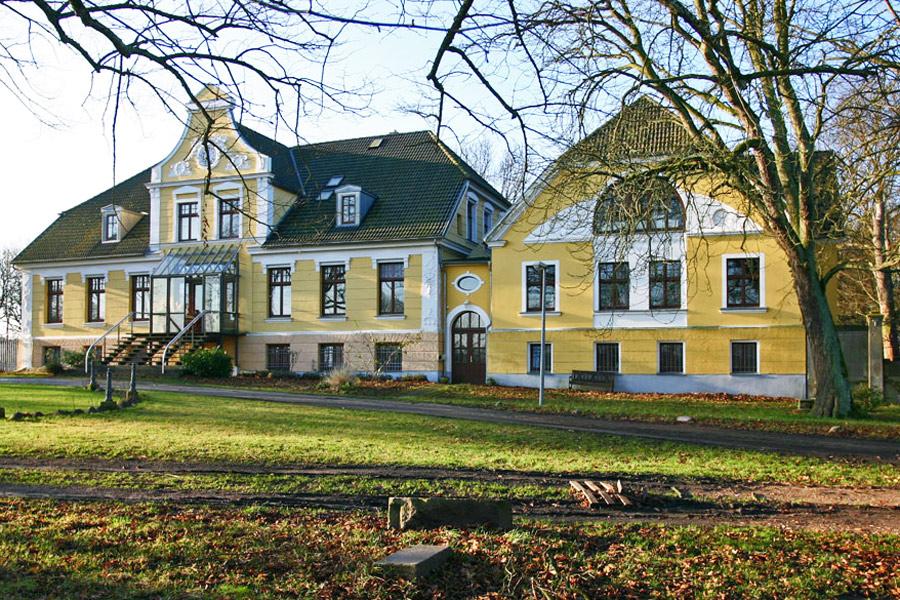 Gutshaus Reischvitz im Jahr 2005