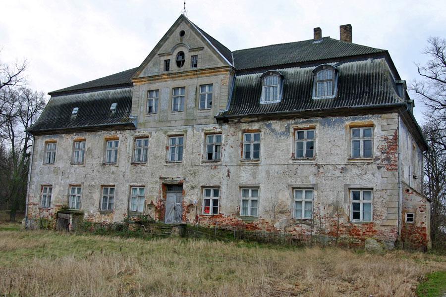 Gutshaus Udars im Jahr 2005