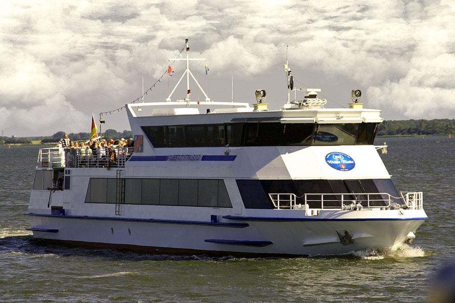 Fährschiff nach Hiddensee
