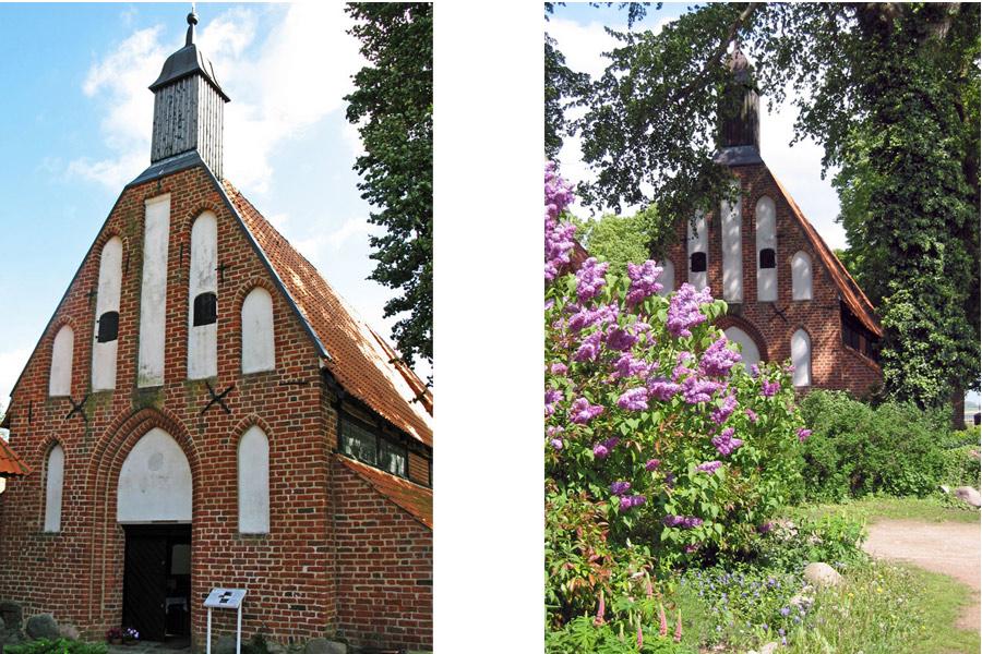 Front und Eingang der St. Marien Kirche Waase 2005