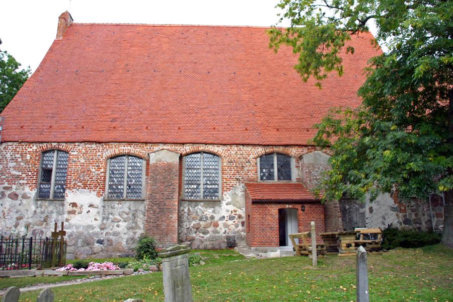 Pfarrkirche Altenkirchen im Jahr 2005