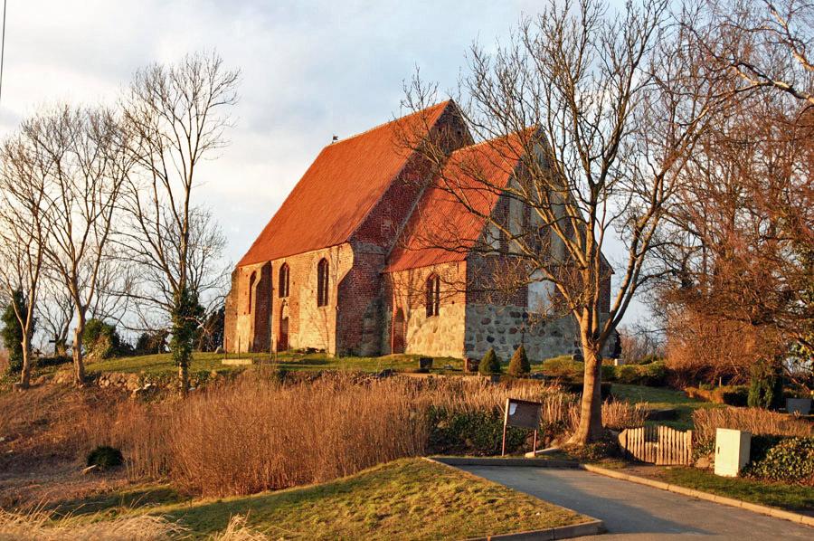Kirche Maria-Magdelena Neuenkirchen im Jahr 2005