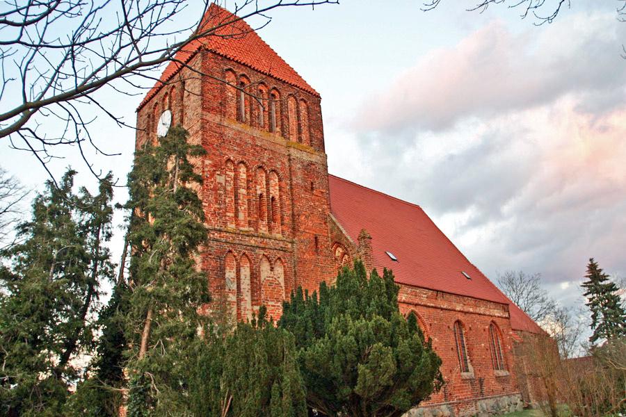 St. Margareten Kirche Patzig im Jahr 2005