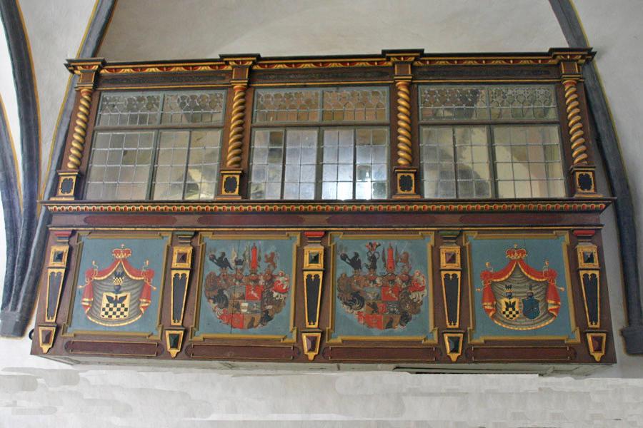 Portal der St. Pauli Kirche Bobbin im Jahr 2005