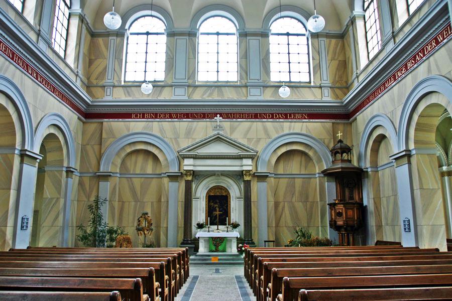 Innenraum Schlosskirche Putbus im Jahr 2005