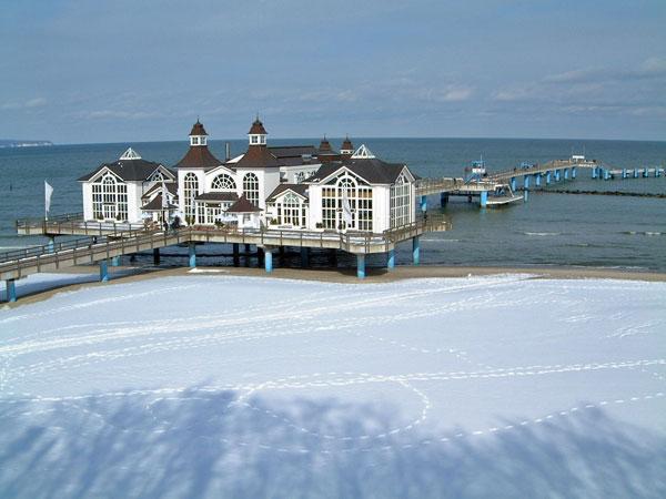 Selliner Seebrücke im Winter