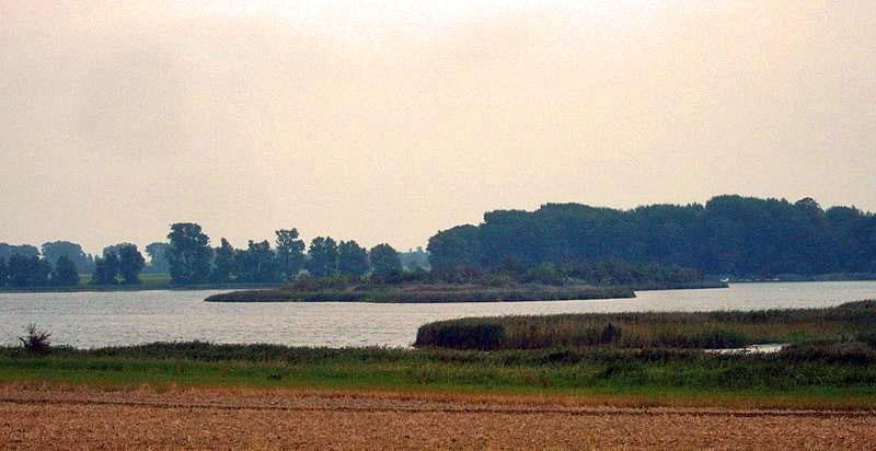 Insel Tollow - Bild von Olaf Meiser Wikipedia