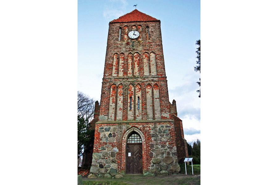 Turm St. Margarethen Kirche Patzig 2005