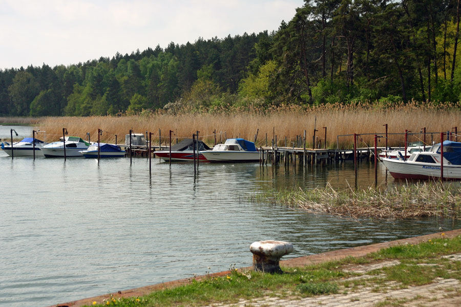 Naturhafen Gustow mit Bootsanleger