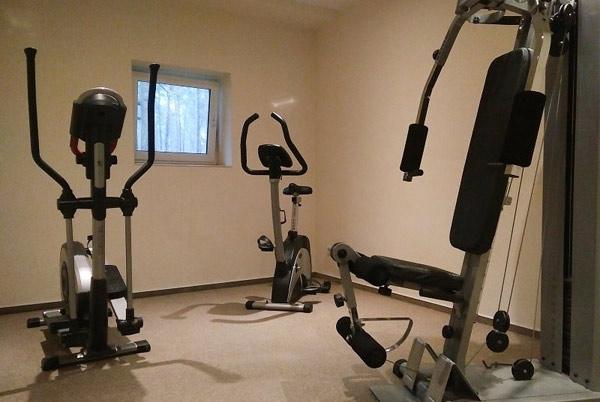 Fitnessbereich im Apartementhaus Südwind