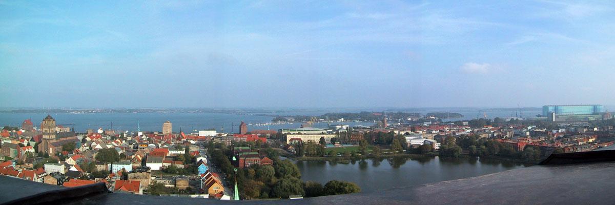 Stralsund Blick Rügen