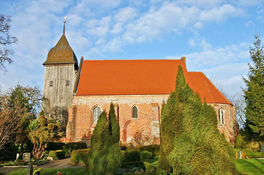 St. Laurentiuskirche Zudar